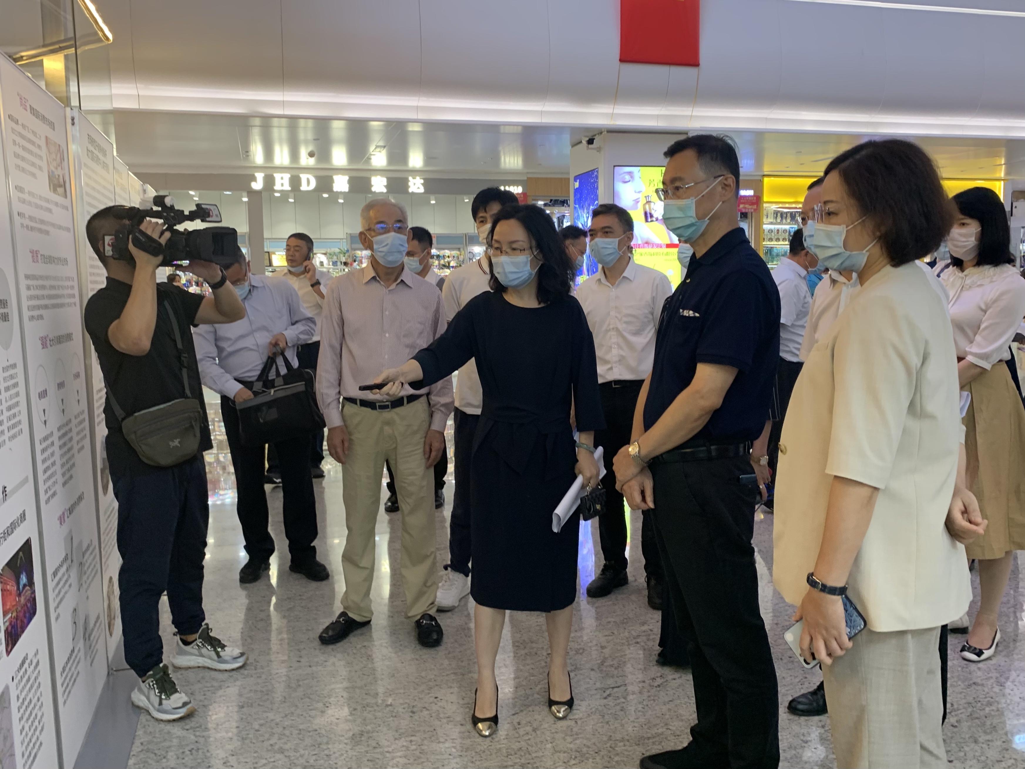 广州市市长温国辉莅临万菱广场调研考察
